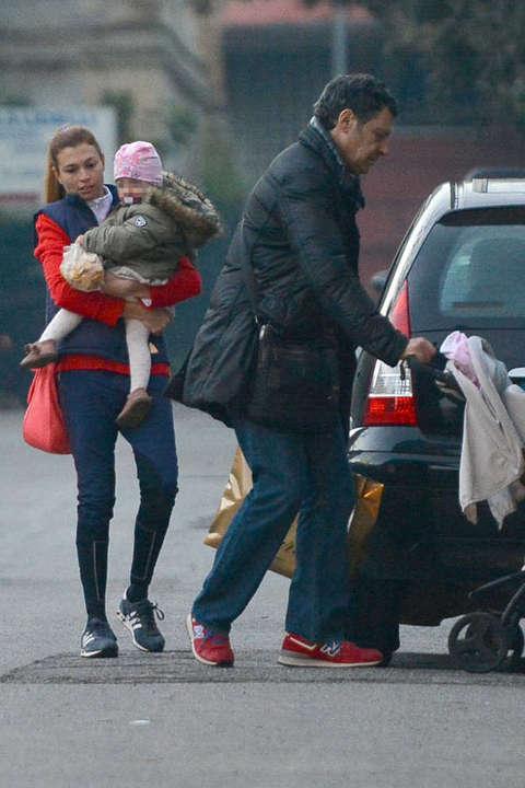 Fabrizio frizzi carlotta mantovan e la figlia stella for Fabrizio frizzi e carlotta mantovan