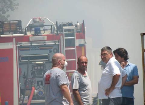 Camerano, incendio alla Gatto Cucine - Corriere Adriatico.it